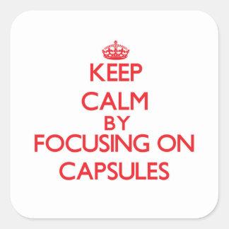 Guarde la calma centrándose en cápsulas calcomanía cuadradas personalizadas