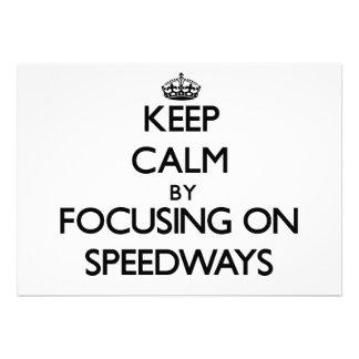 Guarde la calma centrándose en carreteras comunicado