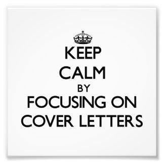Guarde la calma centrándose en cartas de presentac fotografias