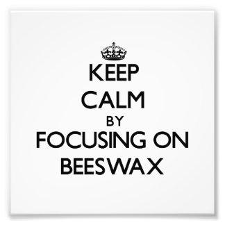 Guarde la calma centrándose en cera de abejas
