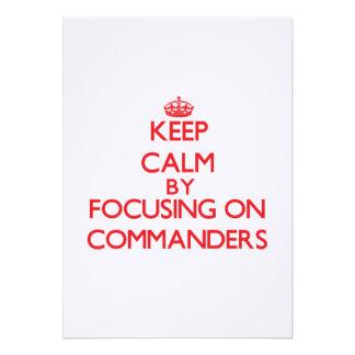 Guarde la calma centrándose en comandantes comunicados personales