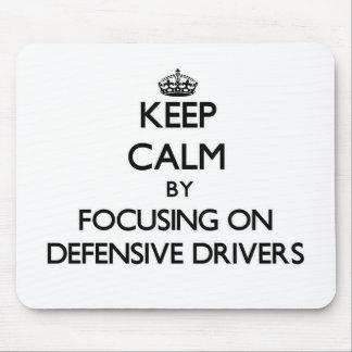 Guarde la calma centrándose en conductores defensi alfombrillas de ratones