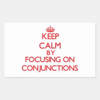 Guarde la calma centrándose en conjunciones rectangular pegatina