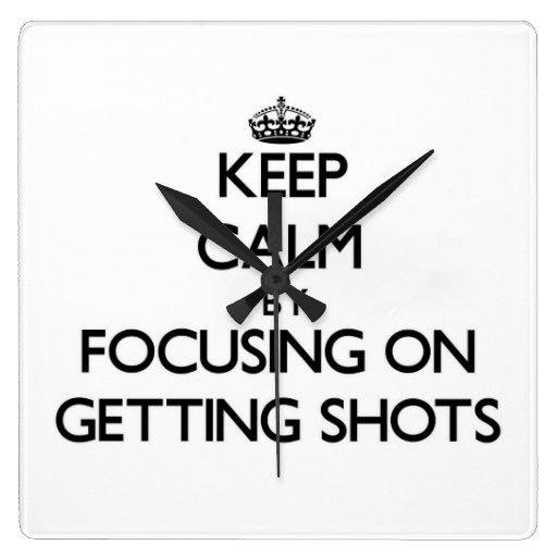 Guarde la calma centrándose en conseguir tiros relojes de pared