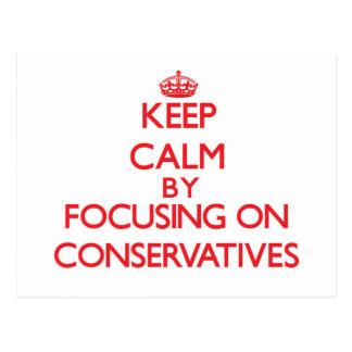 Guarde la calma centrándose en conservadores postales
