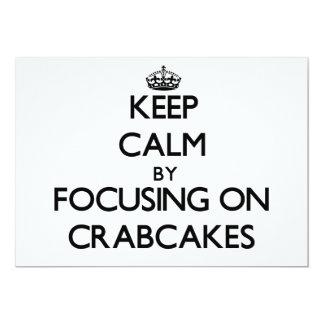 Guarde la calma centrándose en Crabcakes Invitación 12,7 X 17,8 Cm