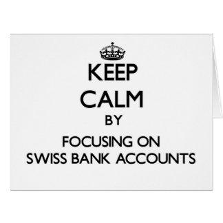 Guarde la calma centrándose en cuentas bancarias s tarjeta