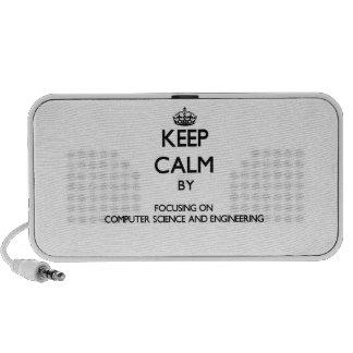 Guarde la calma centrándose en de informática y notebook altavoz