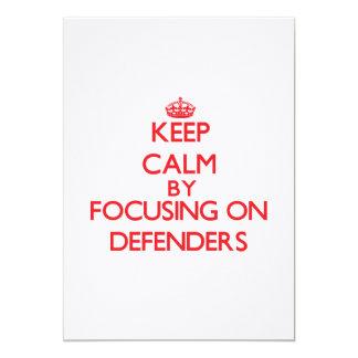 Guarde la calma centrándose en defensores invitación