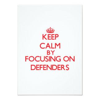 Guarde la calma centrándose en defensores anuncio personalizado