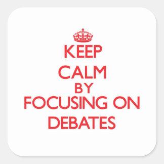 Guarde la calma centrándose en discusiones calcomanías cuadradas