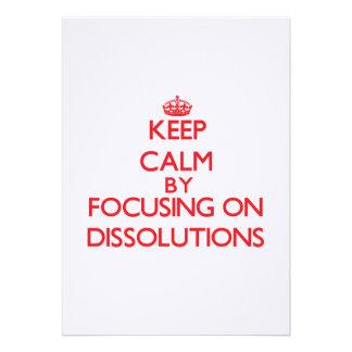 Guarde la calma centrándose en disoluciones invitaciones personalizada