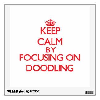 Guarde la calma centrándose en Doodling