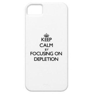 Guarde la calma centrándose en el agotamiento iPhone 5 protector