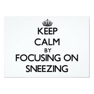 Guarde la calma centrándose en el estornudo invitación 12,7 x 17,8 cm