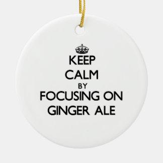 Guarde la calma centrándose en el ginger ale ornamentos de reyes