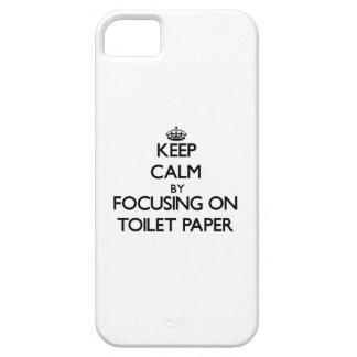 Guarde la calma centrándose en el papel higiénico iPhone 5 cobertura
