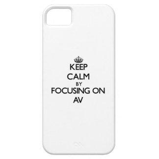 Guarde la calma centrándose en el sistema de pesos iPhone 5 carcasas