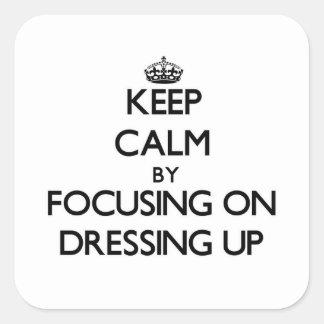 Guarde la calma centrándose en el vestido para calcomania cuadradas personalizada