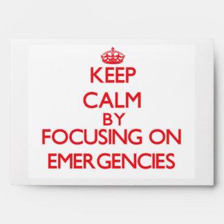 Guarde la calma centrándose en EMERGENCIAS