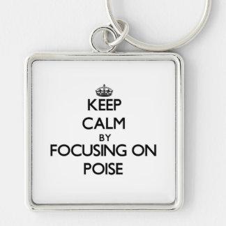 Guarde la calma centrándose en equilibrio llaveros personalizados