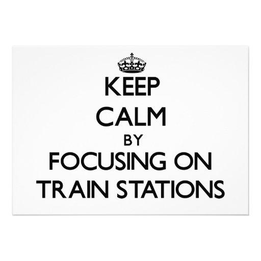 Guarde la calma centrándose en estaciones de tren invitacion personalizada