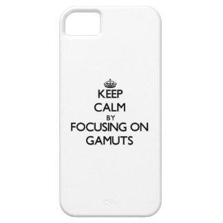 Guarde la calma centrándose en gamas iPhone 5 Case-Mate protector