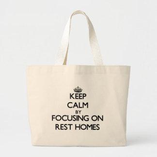 Guarde la calma centrándose en hogares de resto bolsas de mano