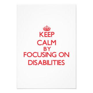 Guarde la calma centrándose en incapacidades invitaciones personales