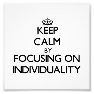 Guarde la calma centrándose en individualidad cojinete