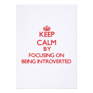 Guarde la calma centrándose en Introverted Invitacion Personal