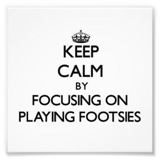 Guarde la calma centrándose en jugar Footsies Fotografias