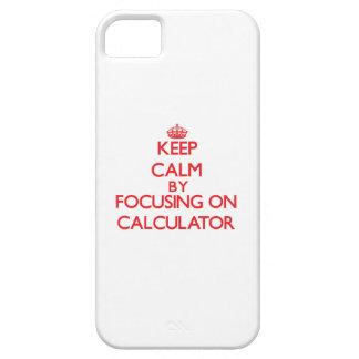 Guarde la calma centrándose en la calculadora iPhone 5 coberturas