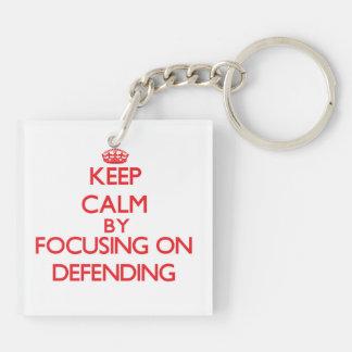 Guarde la calma centrándose en la defensa llaveros