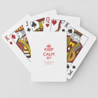 Guarde la calma centrándose en la dicción barajas de cartas