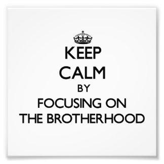 Guarde la calma centrándose en la fraternidad
