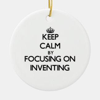 Guarde la calma centrándose en la invención