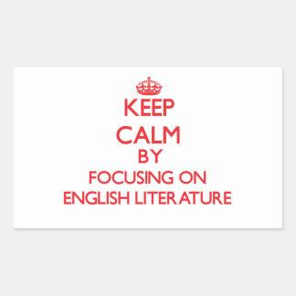 Guarde la calma centrándose en la LITERATURA Rectangular Pegatinas
