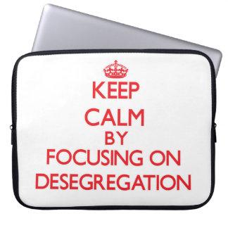 Guarde la calma centrándose en la no segregación fundas portátiles