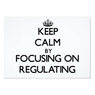 Guarde la calma centrándose en la regulación invitación 12,7 x 17,8 cm