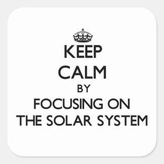 Guarde la calma centrándose en la Sistema Solar Calcomania Cuadradas