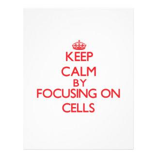 Guarde la calma centrándose en las células tarjetas publicitarias