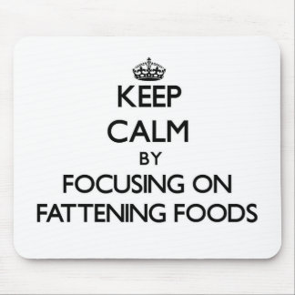 Guarde la calma centrándose en las comidas de la tapete de raton