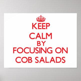 Guarde la calma centrándose en las ensaladas de la poster