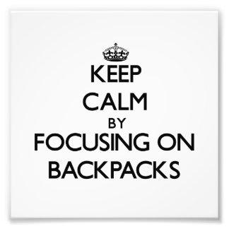 Guarde la calma centrándose en las mochilas
