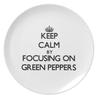 Guarde la calma centrándose en las pimientas verde