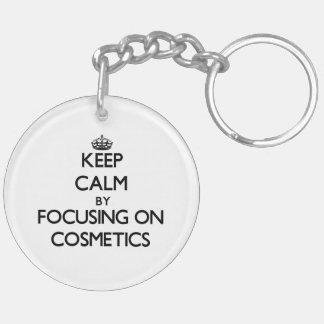 Guarde la calma centrándose en los cosméticos llavero redondo acrílico a doble cara