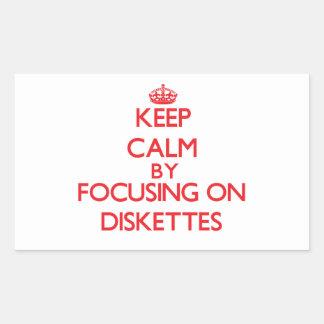 Guarde la calma centrándose en los disquetes rectangular pegatina