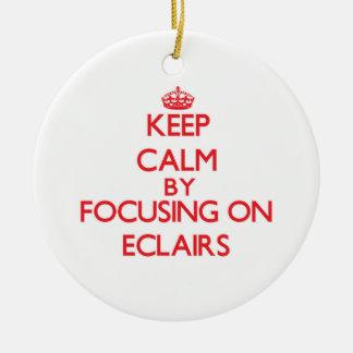 Guarde la calma centrándose en los ECLAIRS Adorno De Navidad