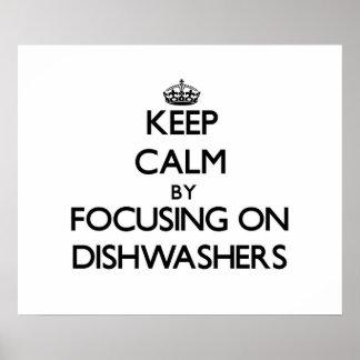 Guarde la calma centrándose en los lavaplatos impresiones